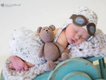 Lisa Newborn Shoot Airbrush MakeUp 2016