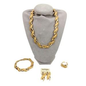 Parures plaqué or S28 collier, bracelet, boucles oreilles, bague