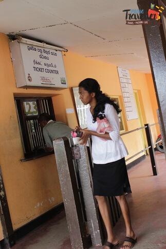 Train Ride from Kandy to Nuwara Eliya - Peradeniya Ticket Counter