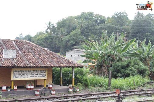 Train Ride from Kandy to Nuwara Eliya - Peradeniya Old Station