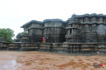 Places to visit around Chikmagalur - Hoysaleswara Temple, Halebidu - View 4