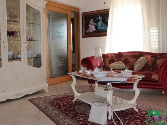 Pronto Casa: APPARTAMENTO ZONA PISCINA in Vendita a Comiso Foto 1