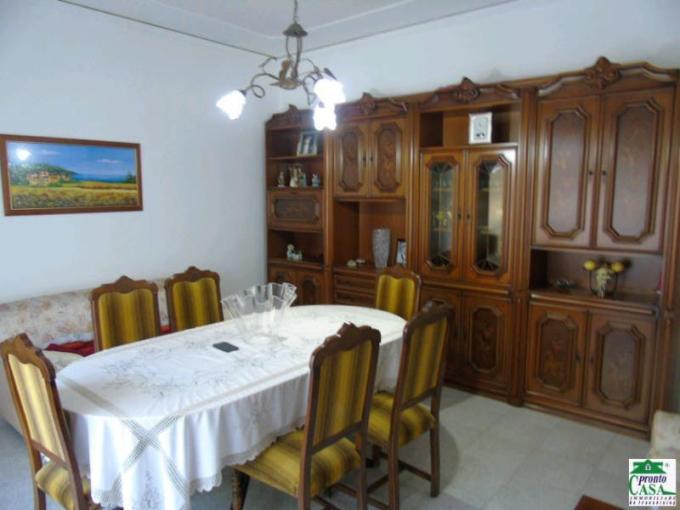 Pronto Casa: Appartamento 5 locali a Modica in Vendita a Modica Foto 1