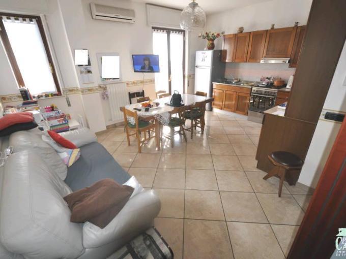 """Pronto Casa: Appartamento """"zona Selvaggio"""" in Vendita a Ragusa Foto 1"""