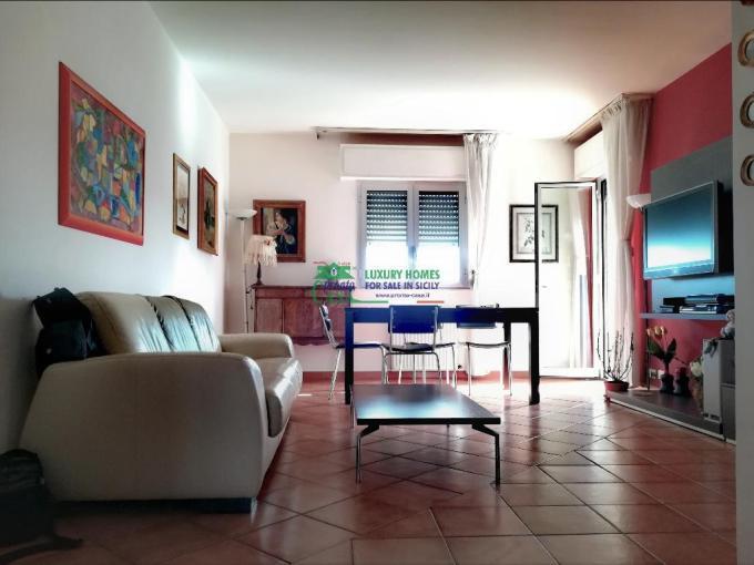 Pronto Casa: APPARTAMENTO ABITABILE DA SUBITO. RISTRUTTURATO. in Vendita a Ragusa Foto 1