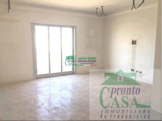 Pronto Casa: Appartamento 6 locali a Comiso in Vendita a Comiso Foto 1