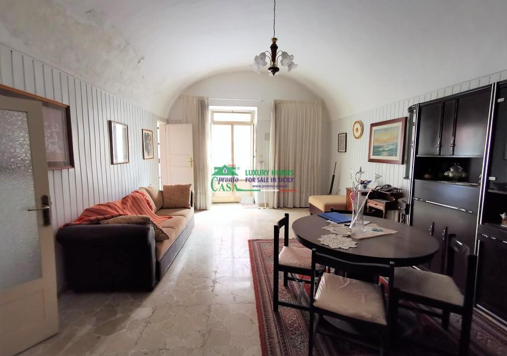 Pronto Casa: Casa indipendente in zona Salesiani in Vendita a Ragusa Foto 1