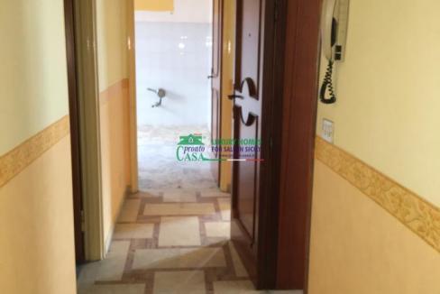 Pronto Casa: CASA SINGOLA AD ANGOLO in Vendita a Comiso Foto 4