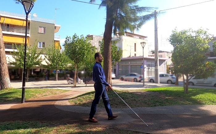 """Πώς """"βλέπει"""" ένας τυφλός την Ελλάδα του 2021"""