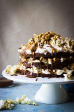 popcorn and caramel cake