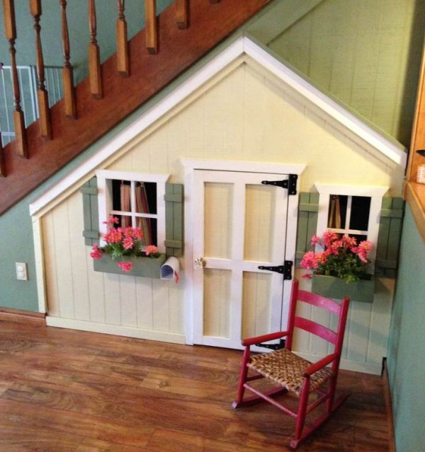 11 Insanely Clever Ways To Use Your Under Stair Space