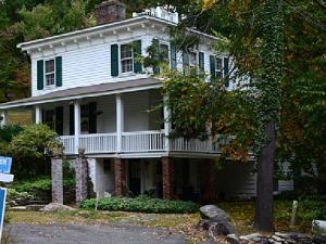 wisteria-cottage-in-westechester-county-new-york-where-cannibal-and-serial-child-killer-albert-fish-murdered-grace-budd-in-1928-and-then-ate-her