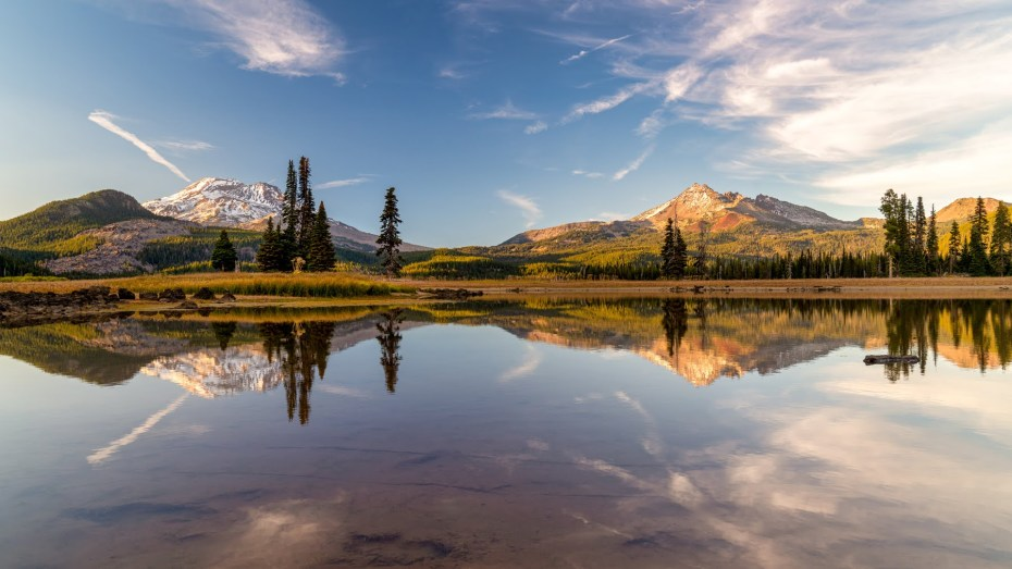 Sparks Lake Oregon Bend Oregon Three Sisters Cascade Mountains_Bend real estate photographer Wasim