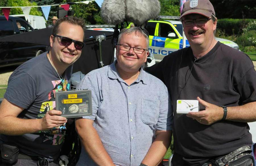 dscreet-slim-microphones-join-the-cast-on-midsomer-murders-l-2