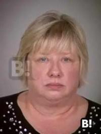 Minnesota woman embezzles over $200k; serves sentence on weekends.