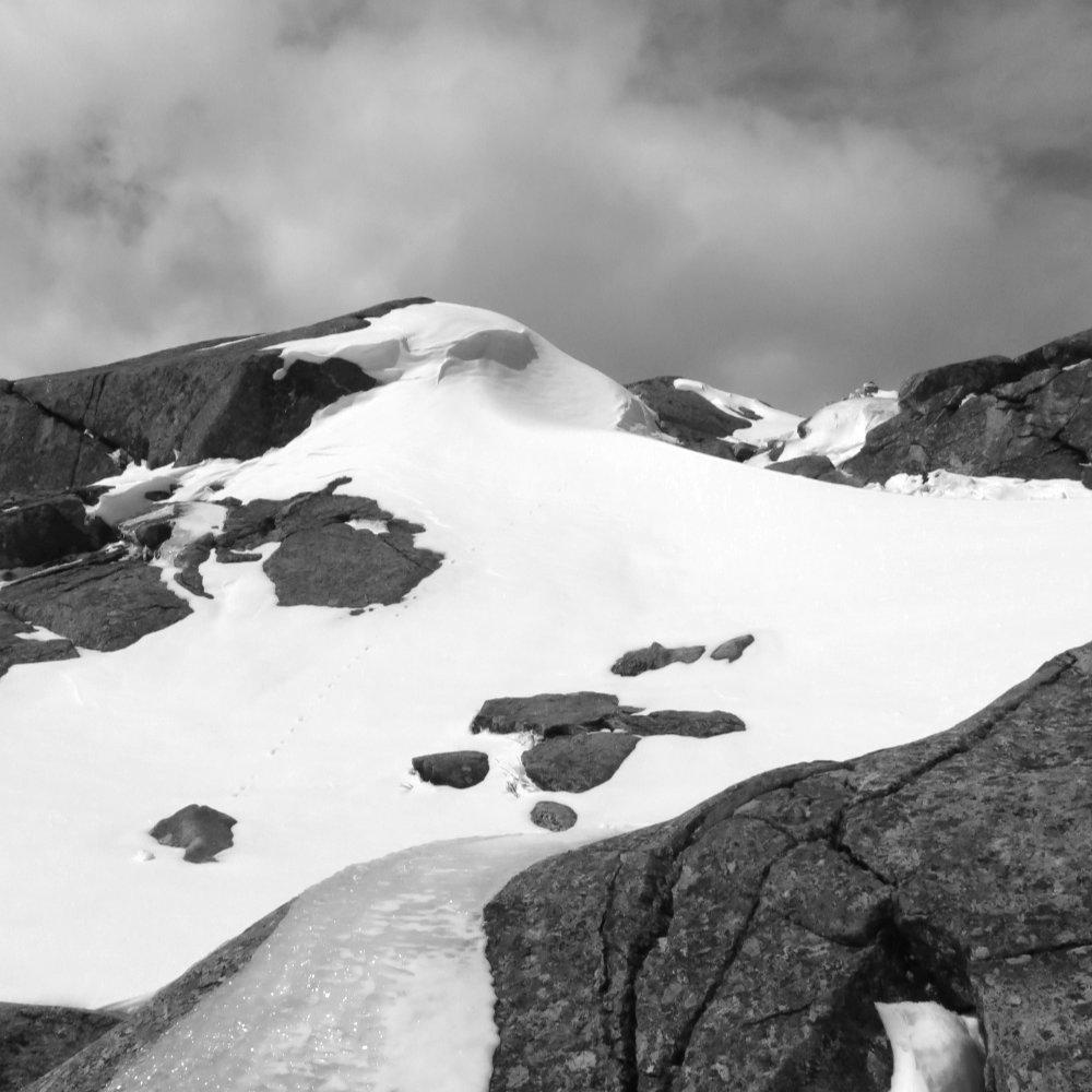 Snow-Drifts-Monadnock-20180407