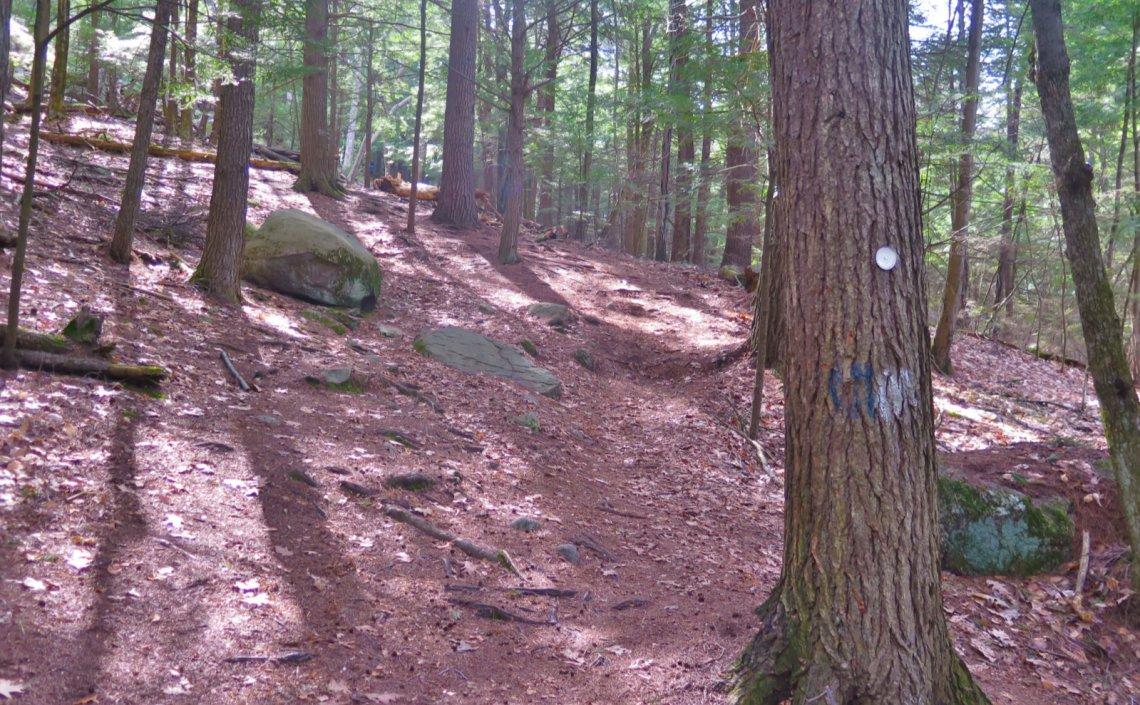 2-Steep-Trail-Uncanoonuc-20200429