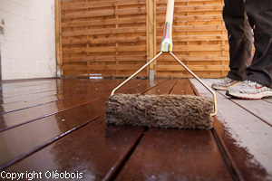protection d une terrasse en massaranduba reportage photo. Black Bedroom Furniture Sets. Home Design Ideas