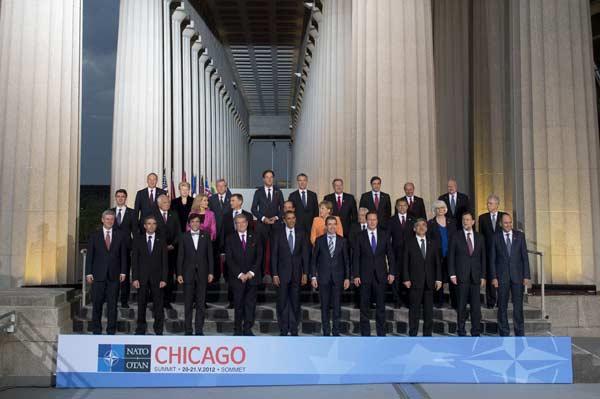 Foto de familia del encuentro OTAN de Chicago