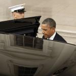 Observa el grosor de la puerta del vehículo oficial de Obama. Algunos vehículos blindados de las FFuerzas Armadas no cuentan con la mitad de la protección que ofrece este coche del Presidente de los EE.UU.