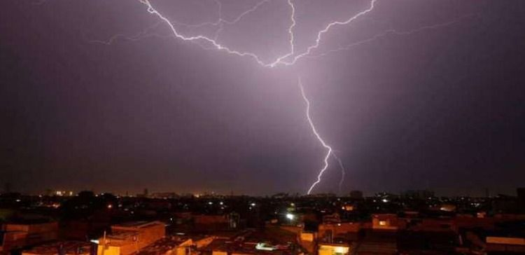 THUNDERSHOWERS, RAIN FORECAST TODAY IN KARACHI