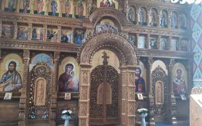 Sfințirea iconostasului din Ciucea