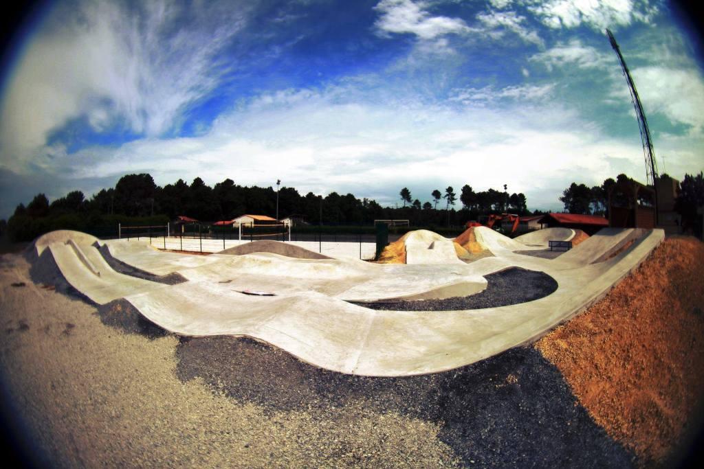 Un Skatercross à Salles