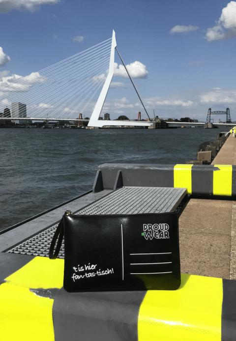 "Rotterdams Tassie ""Rotterdam Skyline"" Achterkant Erasmusbrug"