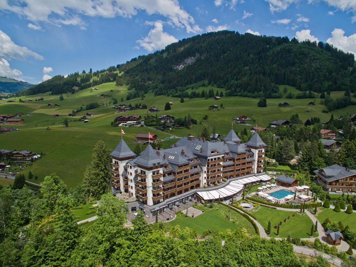 luxushotel luxus-hotel gstaad schweiz sommer wellness kultur kulinarik