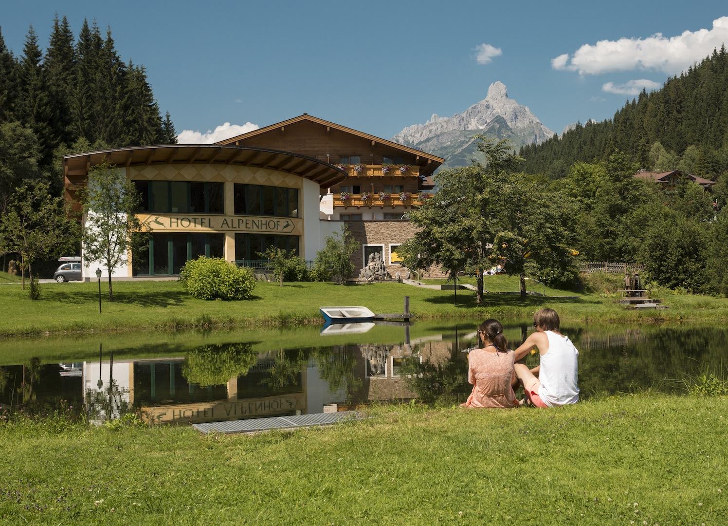 Aussenansicht Hotel Alpenhof ©Fotodesign David