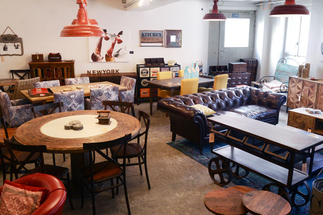 upcycling to art wood factory in z rich designt unkonventionelle vintage und industrial m bel. Black Bedroom Furniture Sets. Home Design Ideas