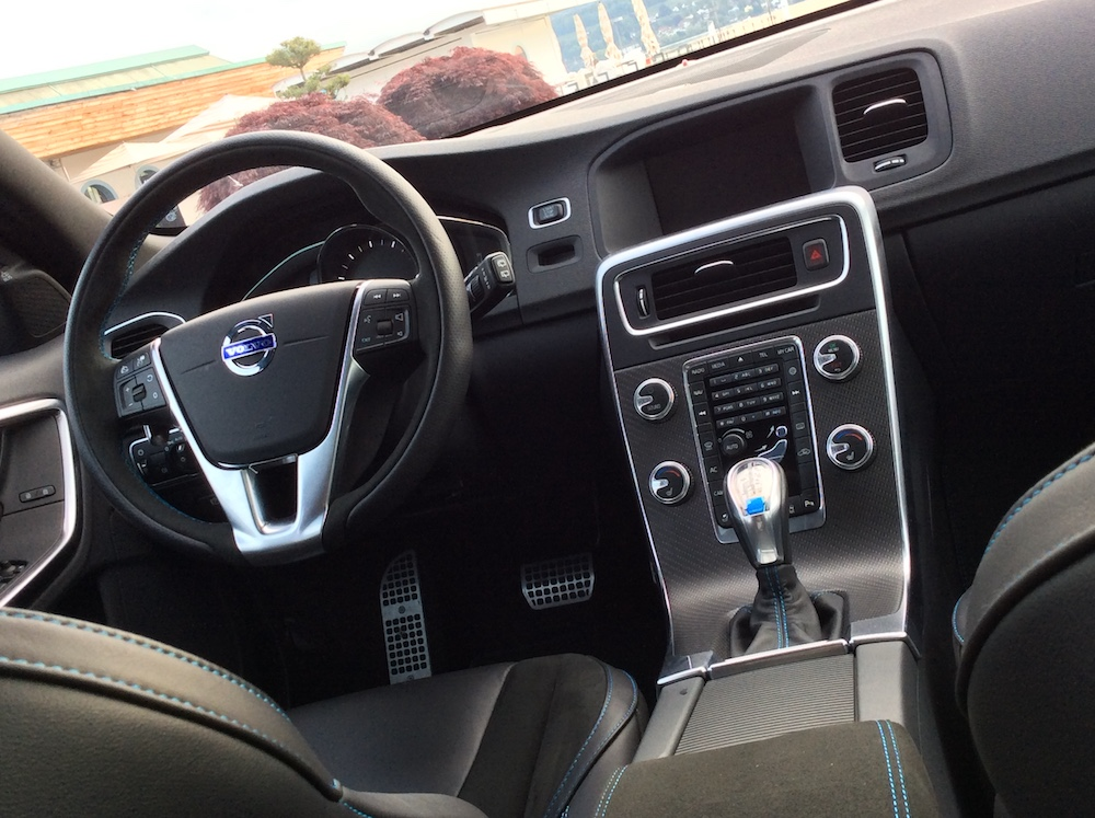volvo v60 t6 awd polestar modelle modell versionen test autotest kombi interieur