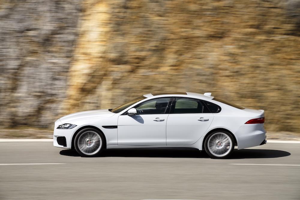 jaguar xf modelle neuheiten schweiz deutschland 2018 neue-modelle sicherheit