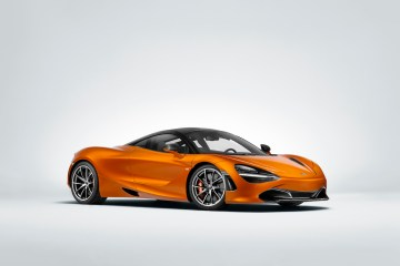 mclaren 720s super series sports car performance carbon fibre