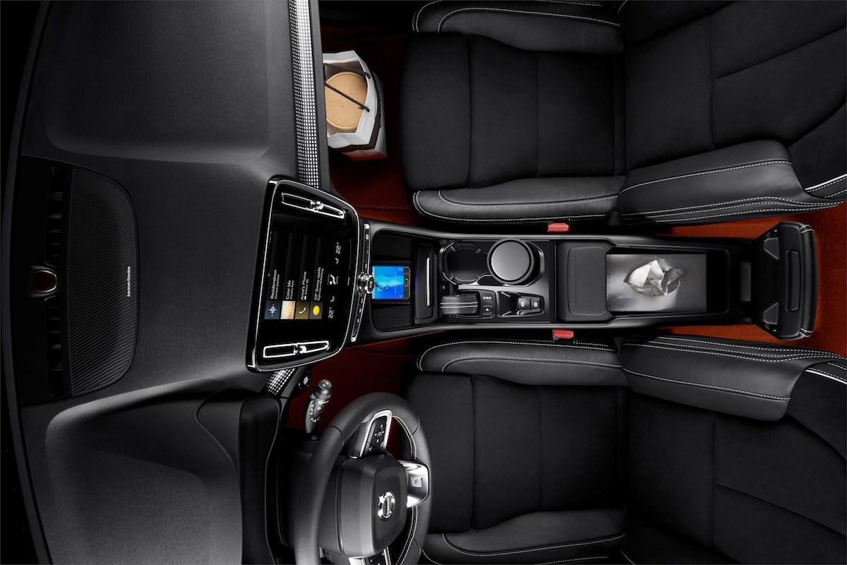 volvo xc40 kompakt suv modelle schweiz sicherheit sicherheitssysteme dieselmotor