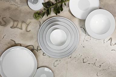 sieger fürstenberg porzellan porzellan-manufaktur hersteller deutschland dekor teller schalen tassen teetassen inneneinrichtung