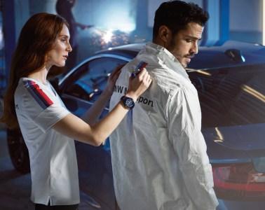 mode damen herren bmw motorsport outfits sportlich rennsport kleidung bekleidung jacke t-shirt sneaker accessoires sporttasche tasche