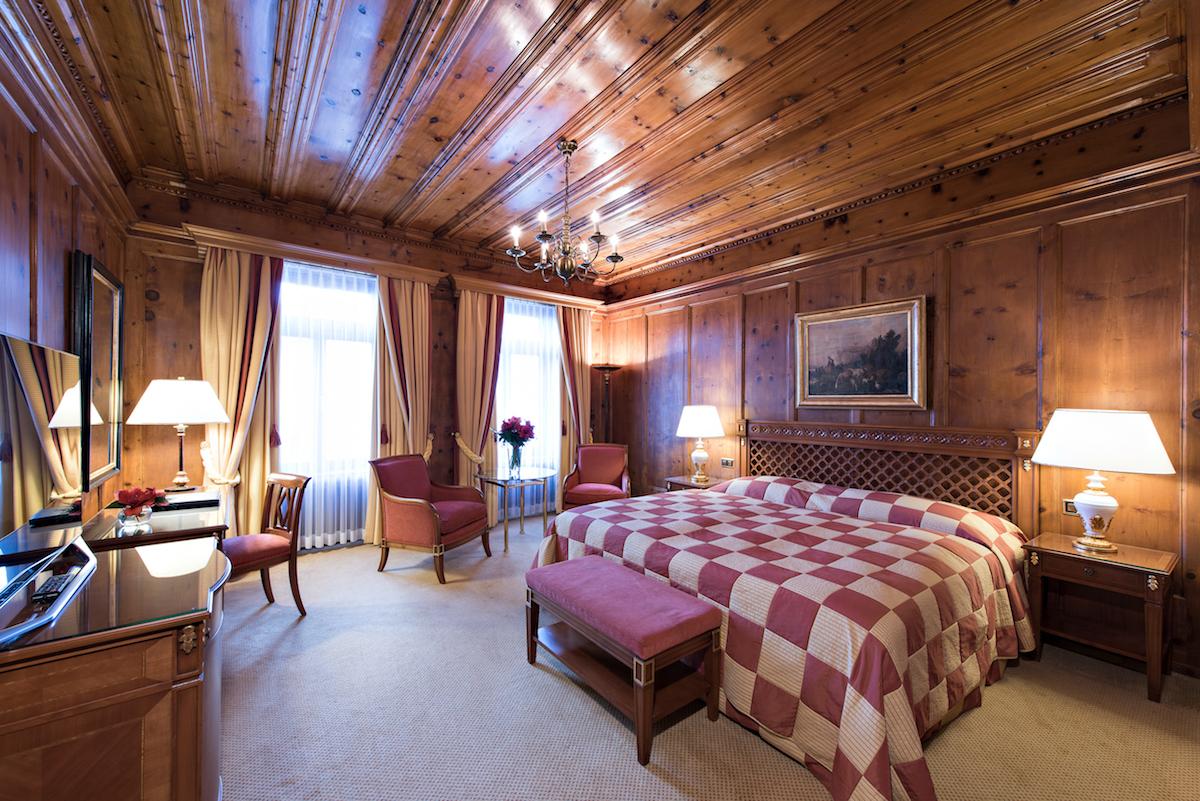 hotel kulm st.moritz oberengadin schweiz luxus-hotels reiseportal preise vergleich gourmet restaurants winterferien winterurlaub suiten