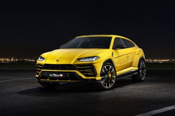 lamborghini urus suv sport utility vehicle offroad first model luxury segment driving