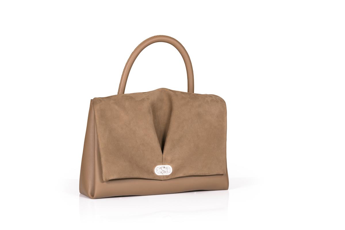 lederhandtaschen ledertaschen taschen handtaschen kollektion modelle limitiert limitierte handarbeit accessoires luxuriöse leder de sede damen modetrends