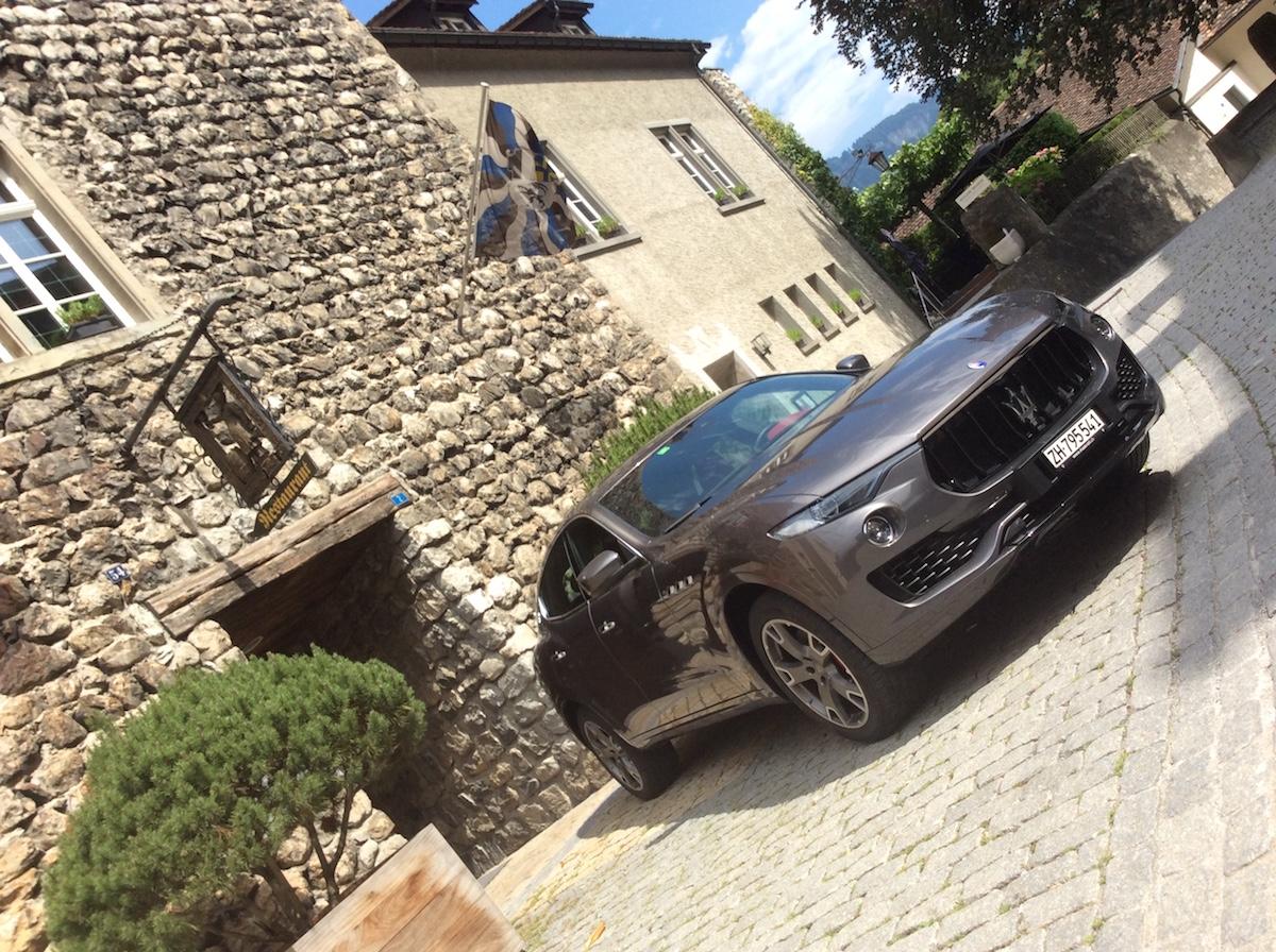 maserati levante levante-s diesel suv sport utility vehicle geländewagen luxus sportwagen modelle schweiz modellvarianten