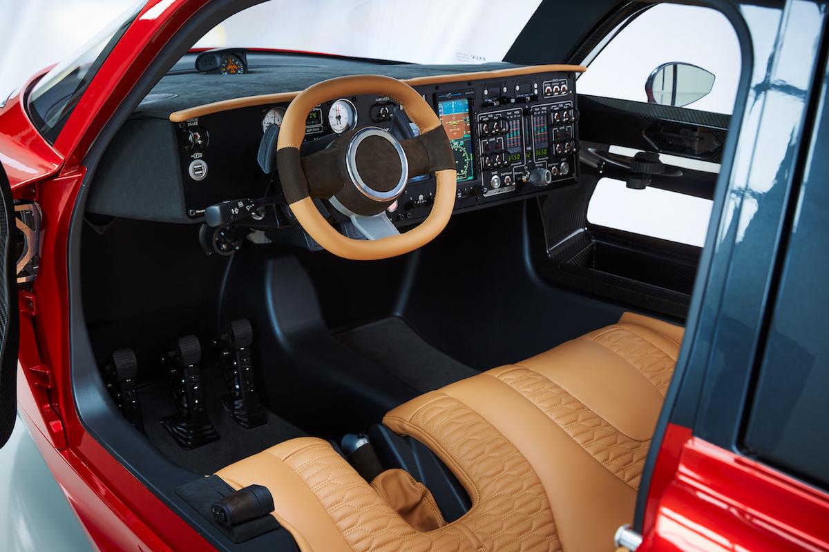 pal-v liberty flying car airshow united kingdom 2018 manufacturers cockpit