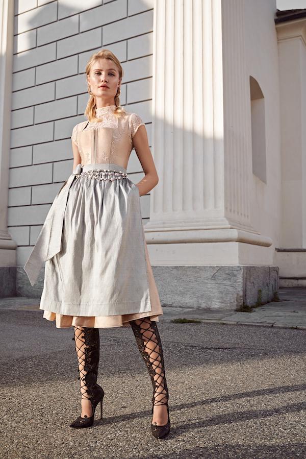 dirndl damenmode damen mode frauen modelle modetrends oktoberfest bayern münchen luxus