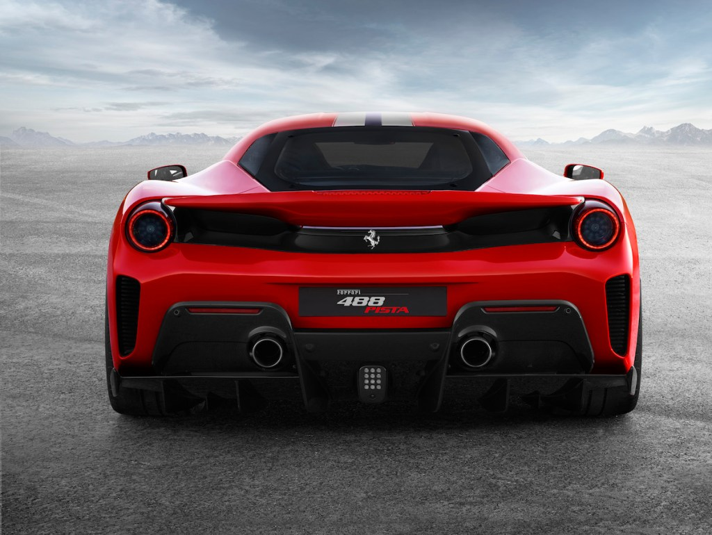 ferrari 488 gtb pista v8 engine turbo biturbo sports cars models new 2019 carbon-fibre