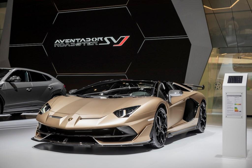 lamborghini aventador svj roadster new model models convertible open top geneva motor show 2019 highlights front-view