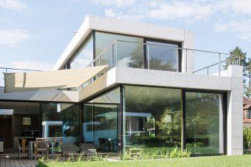 Connex Cube Holz-Metall-Fenster von Jansen