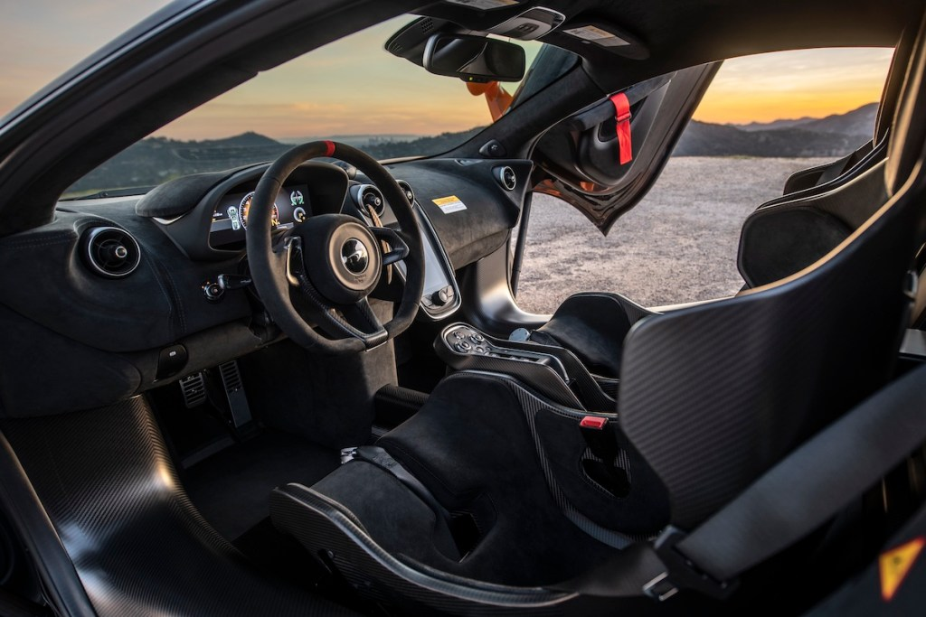 mclaren 620r new models usa north america sports retailers limited cockpit