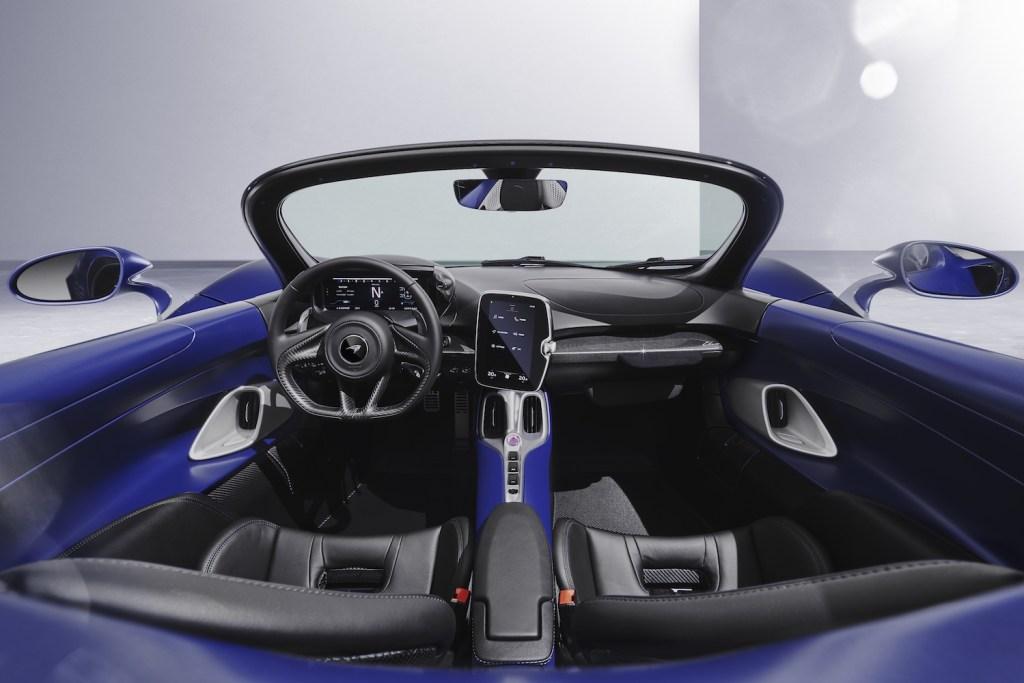 mclaren elva roadster neuheiten 2021 neue modelle schweiz deutschland interieur cockpit