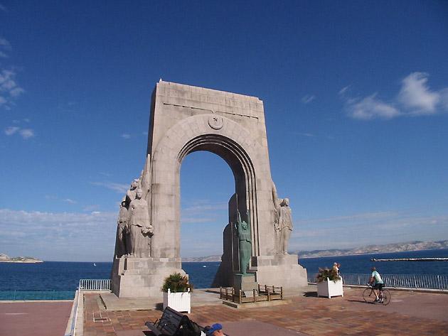 Photo Arche En Bord De Mer Marseille