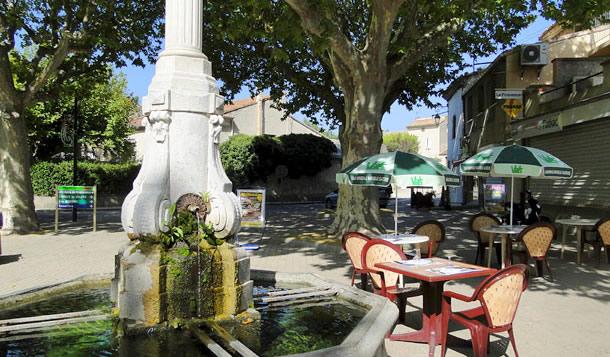 Loriol Du Comtat Vaucluse Provence